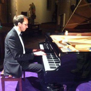 2014-08-20 Alberto Macri' (piano)